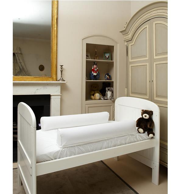 Dream Tubes Cot Bed